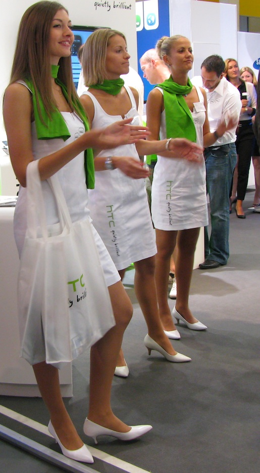 ifa 2011 booth babes 1