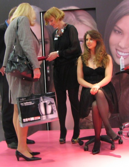 ifa 2011 booth babes 9