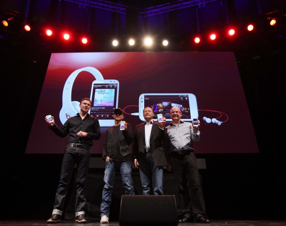 Phil Blair, Jimmy Iovine, Peter Chou, Florian Seiche 2