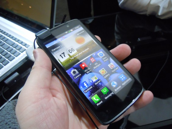 MWC   LG Optimus LTE Hands On