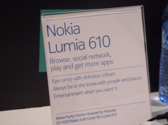 MWC   Lumia 610 Hands On Photos