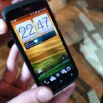 MWC – HTC One S Up close