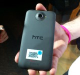 MWC   HTC One X Up close