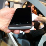 MWC – HTC One V Up close