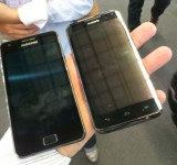 MWC   ZTE Ascend D1 vs Samsung Galaxy SII