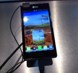 MWC – LG Optimus L7 – Up close