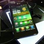 MWC – LG Optimus 3D Max – Up close