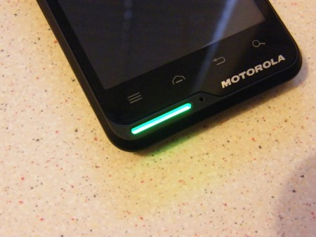 Motorola Motoluxe Review