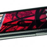 Stay unplugged – It's the Motorola RAZR Maxx