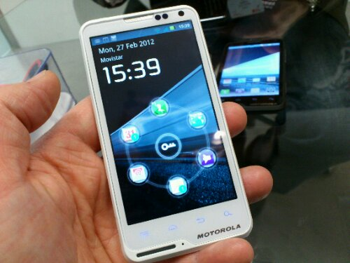 Motorola MOTOLUXE in white at Tesco