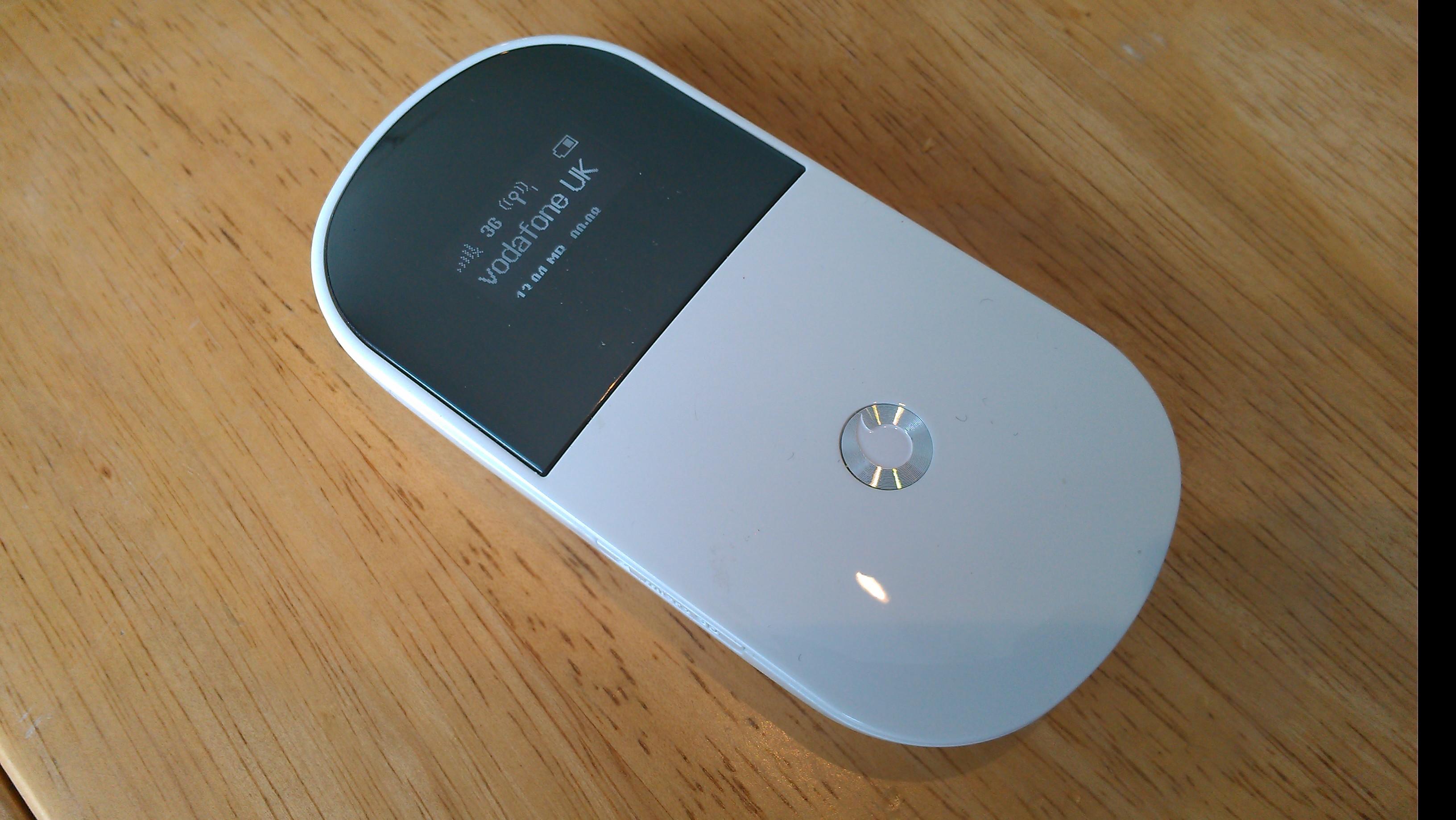vodafone mobile wi fi r205 review coolsmartphone. Black Bedroom Furniture Sets. Home Design Ideas