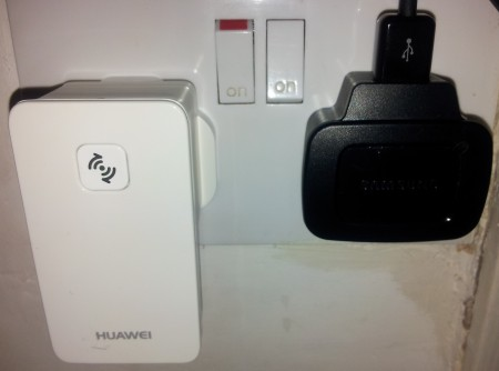 Huawei WS320 WLAN Repeater review
