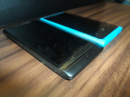 Motorola RAZR i   Initial Impressions