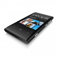 nokia-lumia-800-black