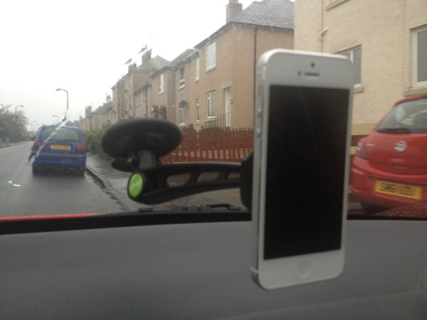 Clingo Universal In Car Holder   Review