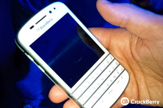 Blackberry Q10 spotted in white at Z10 launch