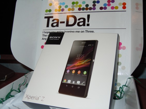 Sony Xperia Z unboxing