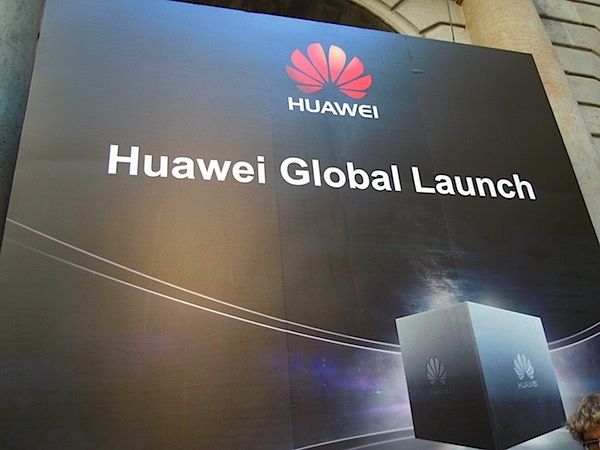 MWC   Huawei announce the P2