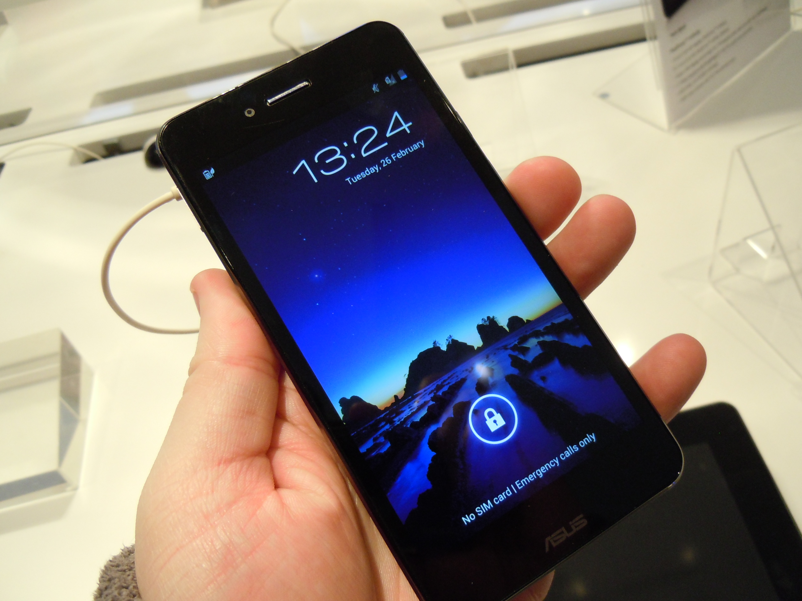 MWC - ASUS PadFone Infinity hands on