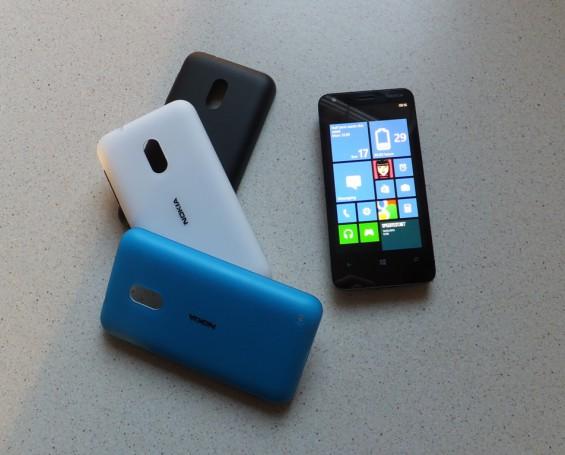 Nokia Lumia 620 19