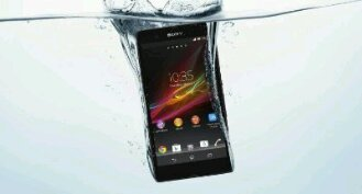 Pre order the Xperia Z and get yourself some swish headphones