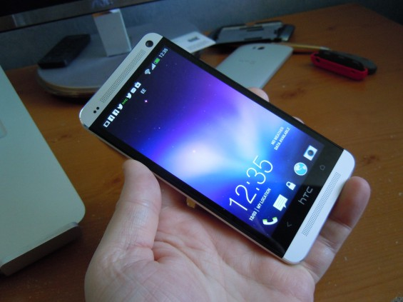 HTC One   Q&A