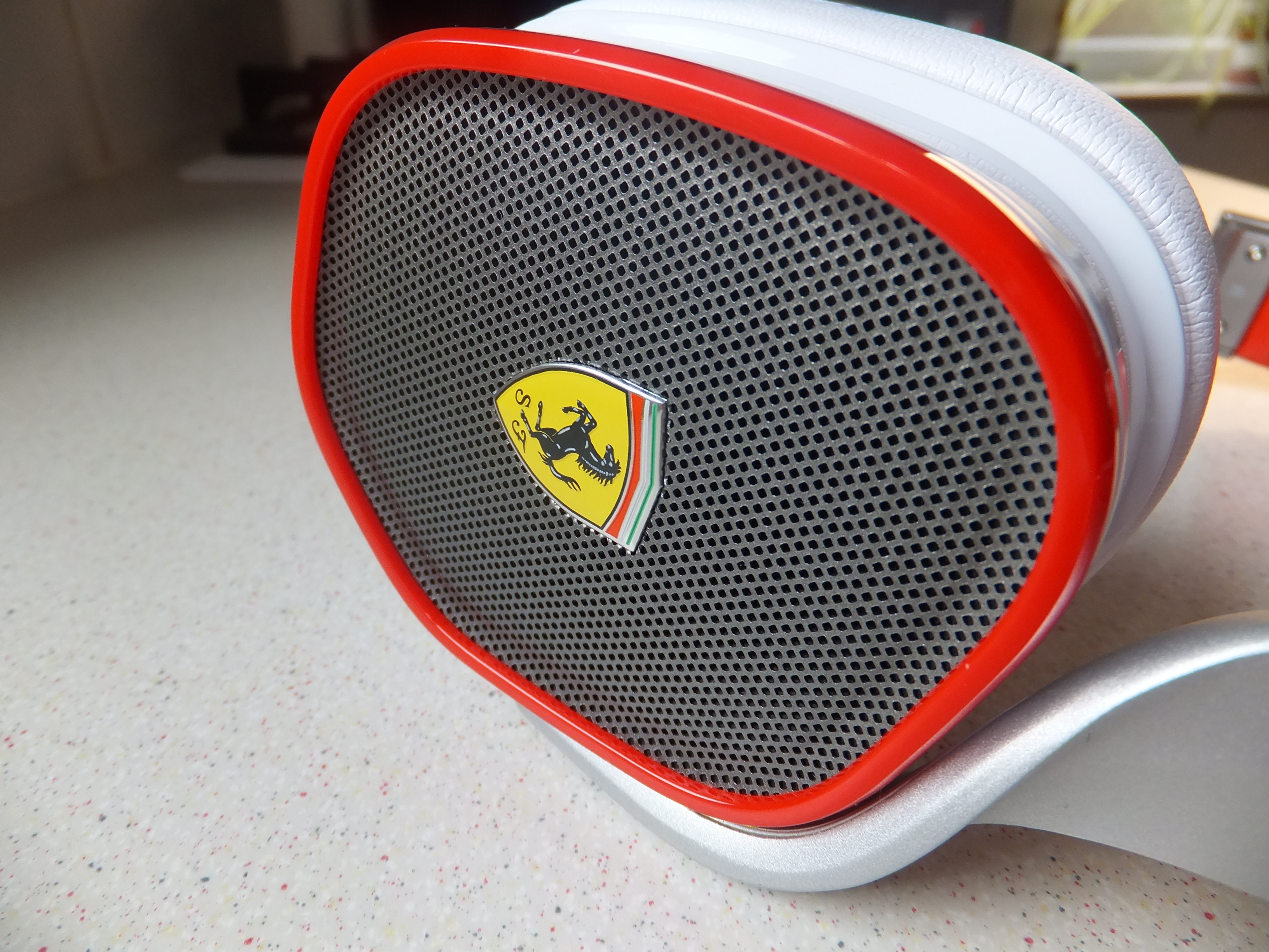 review headphones controls headphone paired reviews beautiful cavallino design ferraric ferrari by