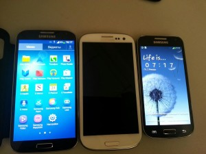 Samsung Galaxy S4 Mini pictured