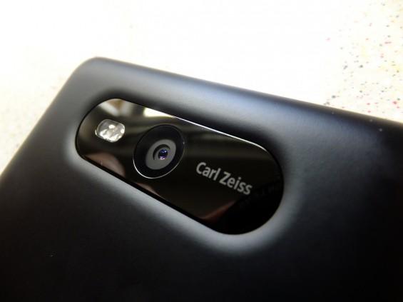 Nokia Lumia 820 pic5