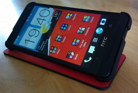 Genuine HTC One Double Dip Flip Case   Review