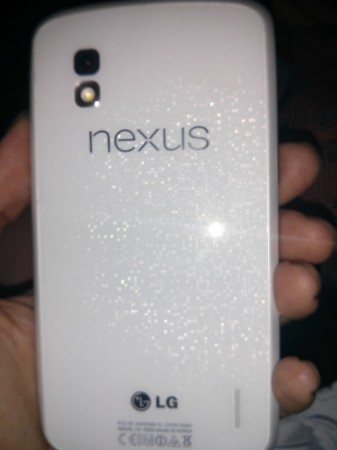 White Nexus 4 sold on second hand mobile phone trade in website