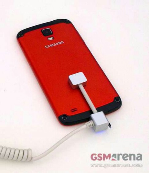 wpid Galaxy S4 active 003.jpg