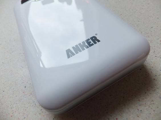 Anker E4 13000 mAh external battery pack   Review