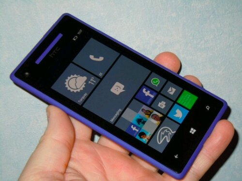 Another cheap Windows Phone   HTC 8X tumbles in price