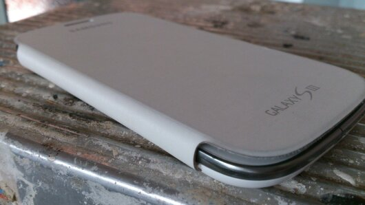 Official Samsung Galaxy S3 Cover   Review