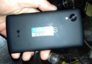 Nexus 4 out of stock as more Nexus 5 pictures appear
