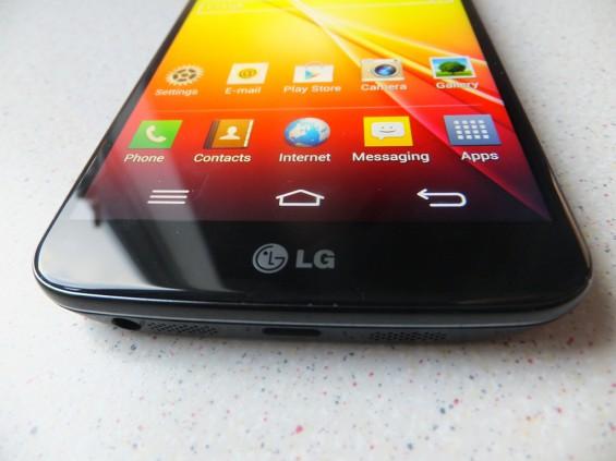 LG G2 Pic1