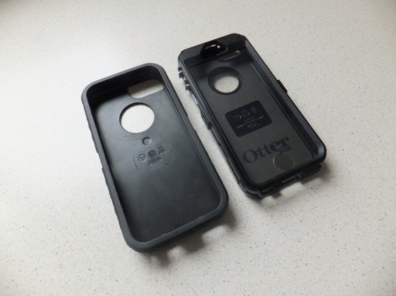 Otterbox Defender iPhone 5 Pic2