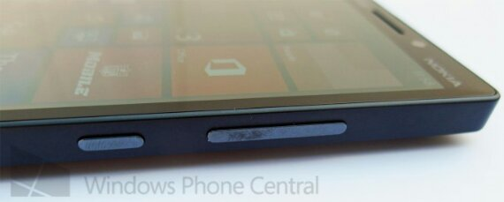 Is the Nokia Lumia 929  the phone weve all been waiting for?