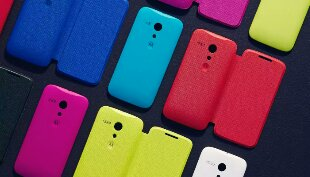 UK retailer now stocking Moto G shells and flip covers.