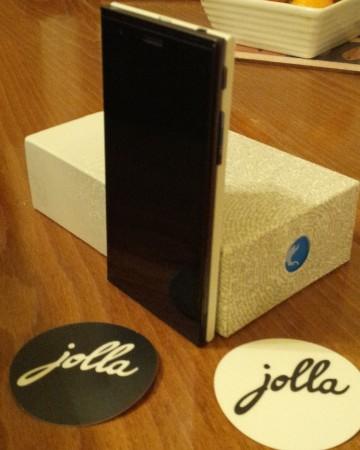 Jolla phone   Initial Impressions
