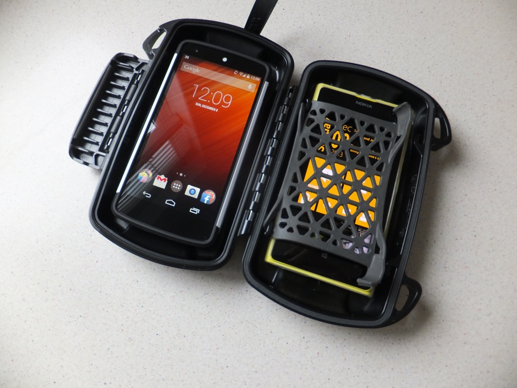 best sneakers 07cbd 98e31 Otterbox Pursuit 40 Pic4 - Coolsmartphone