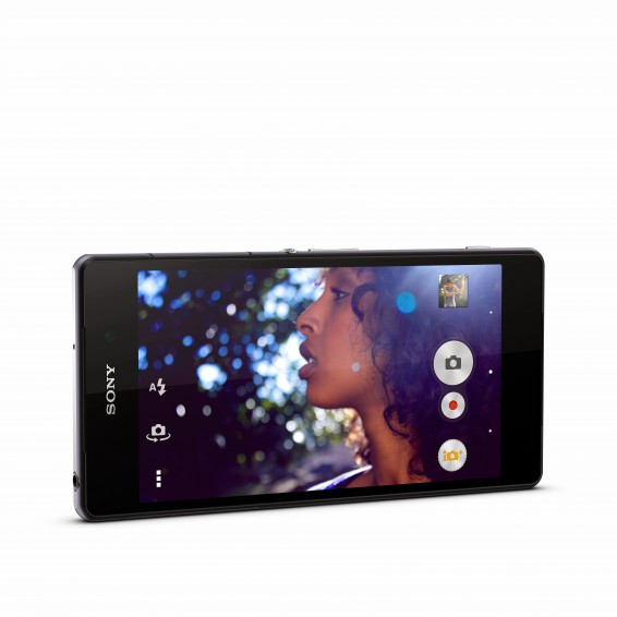 EE to stock Sony Xperia Z2 and M2