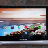 Lenovo Yoga 8 Straight On