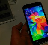 Samsung Galaxy S5   Hands on and video