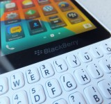 BlackBerry Q5 Pic1