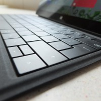Microsoft Surface 2 with 4G Pic1