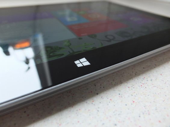 Microsoft Surface 2 with 4G Pic5