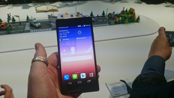 Unboxing of the Huawei Ascend P7 and first impressions
