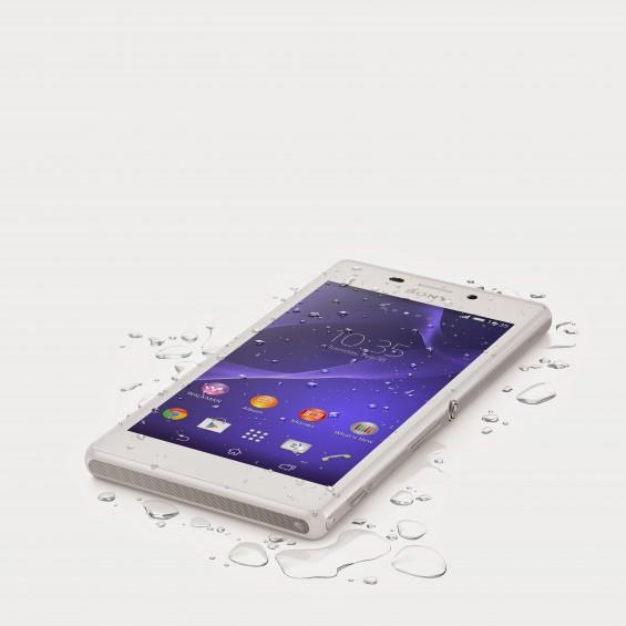 02 Xperia M2 Aqua White Tabletop